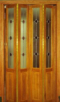 Fabrica de puertas plegadizas y rebatibles en madera y - Puertas corredizas de madera precios ...