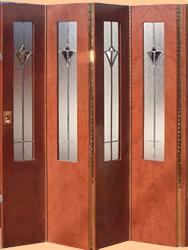 Fabrica de puertas plegadizas y rebatibles en madera y for Fabrica de aberturas de madera en rosario